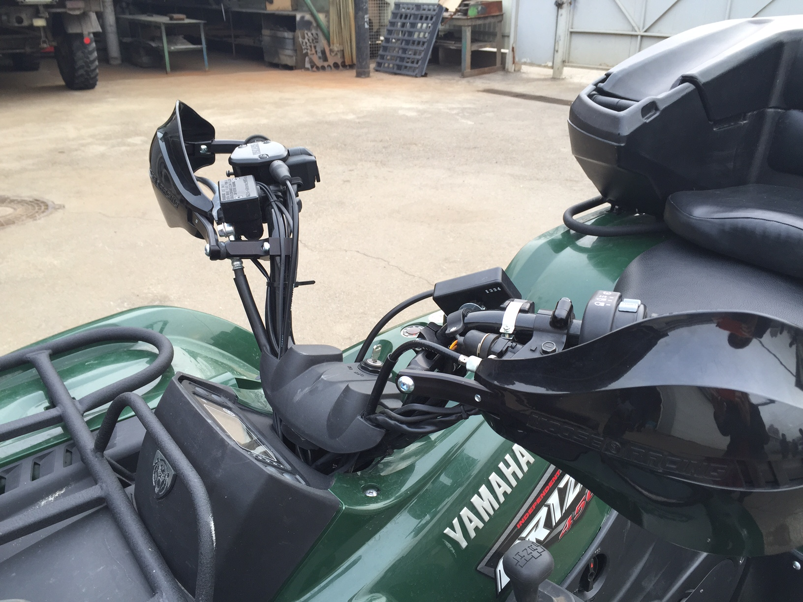 yamaha_grizzly_450_zaschita_ruk
