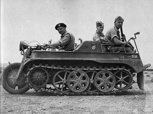 SdKfz-2-but-better-known-as-the-Kettenkrad-Motorcycle-Tank-or-Kleines-Kettenkraftrad-HK-101