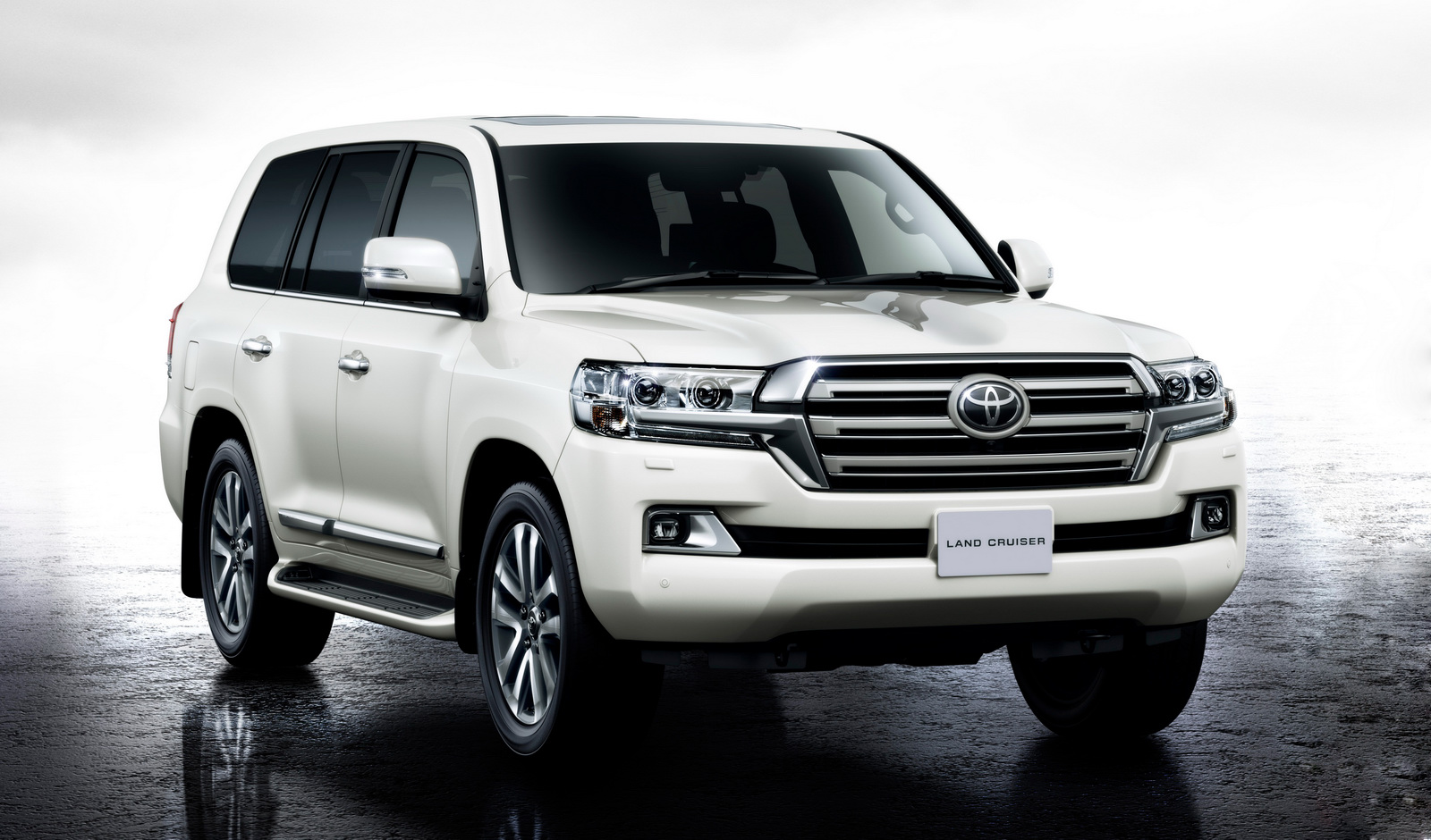 1439811127_toyota-land-cruiser-200-1