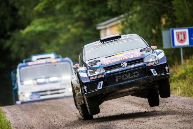 Volkswagen Polo WRC против КАМАЗа