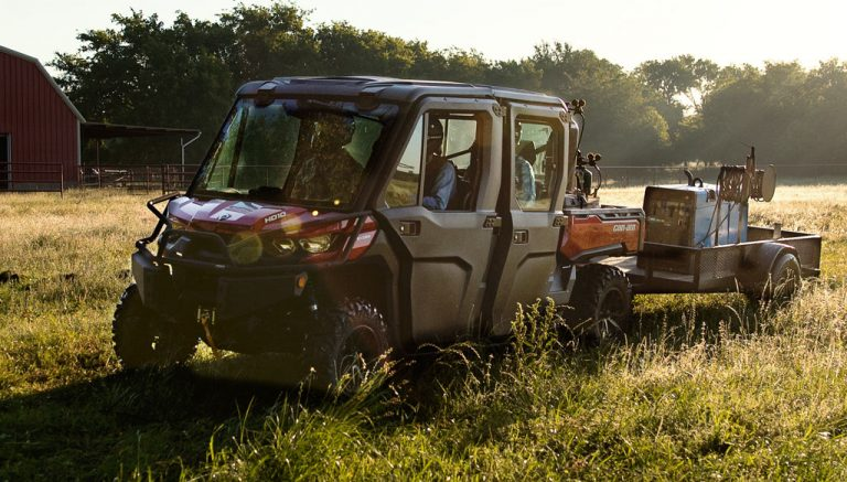 2018-Can-Am-Defender-MAX-XT-Cab-Working-768x437
