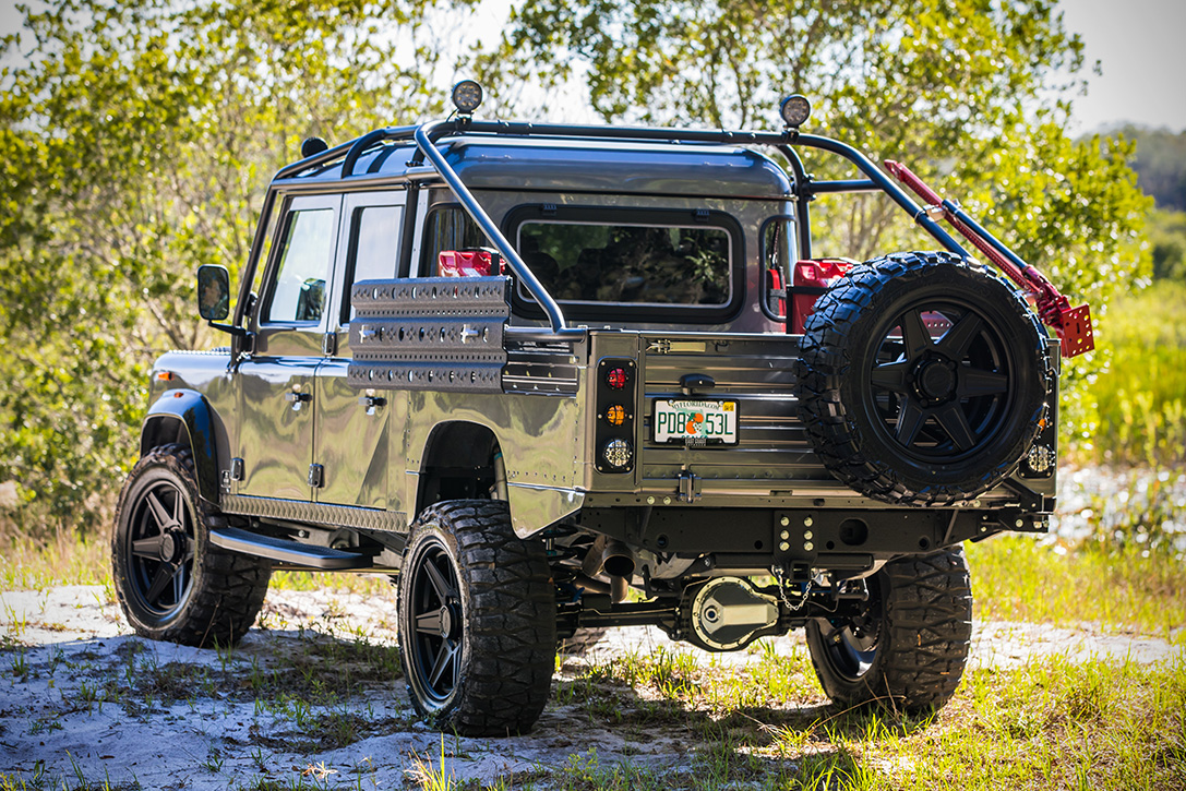 Land-Rover-Project-Viper-by-East-Coast-Defender-4